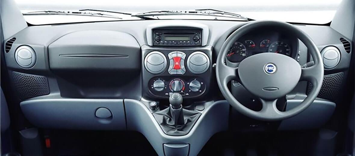 Doblò Cargo safety interior cab